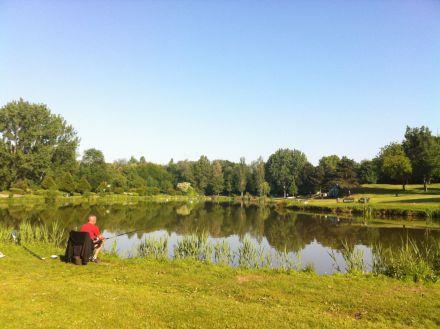 Pêche en étang © SAGE CEVM